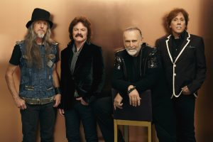 Tom Johnston and The Doobie Brothers